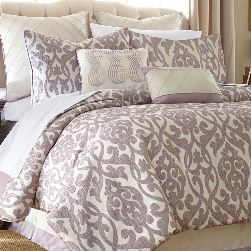 Willa Arlo Interiors Lidia 237 Dia 8 Piece Comforter Set