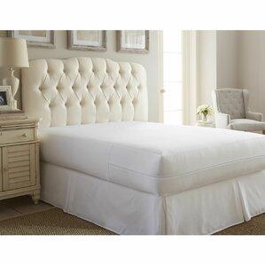 Ultra Soft Bed Bug Zipper Hypoallergenic Waterproof Mattress Cover by Alwyn Home