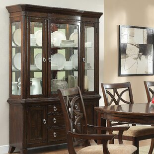 Ordinaire Kinsman Lighted China Cabinet