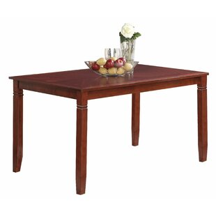 Islas Dining Table