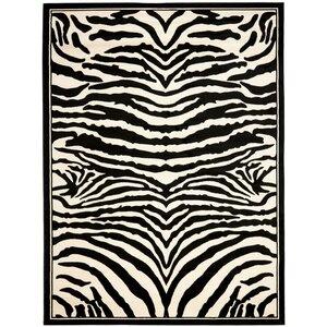 Lakewood Black/White Area Rug