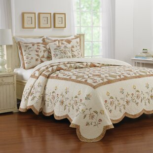 Pineview Bedspread