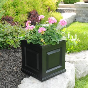 Nantucket Self-Watering Plastic Planter Box