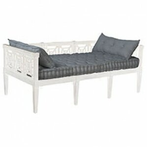 Tulare Daybed by Bungalow Rose