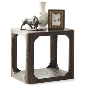 Kaitlin Square End Table by Laurel Foundry M..