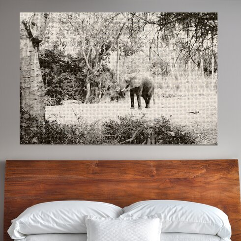 'Gold Elephant Jungle' Graphic Art Wrapped on Canvas