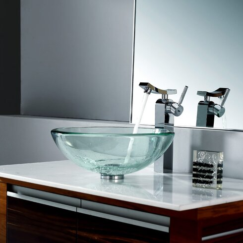 Unicus Single Hole Single Handle Bathroom Faucet with Drain Assembly