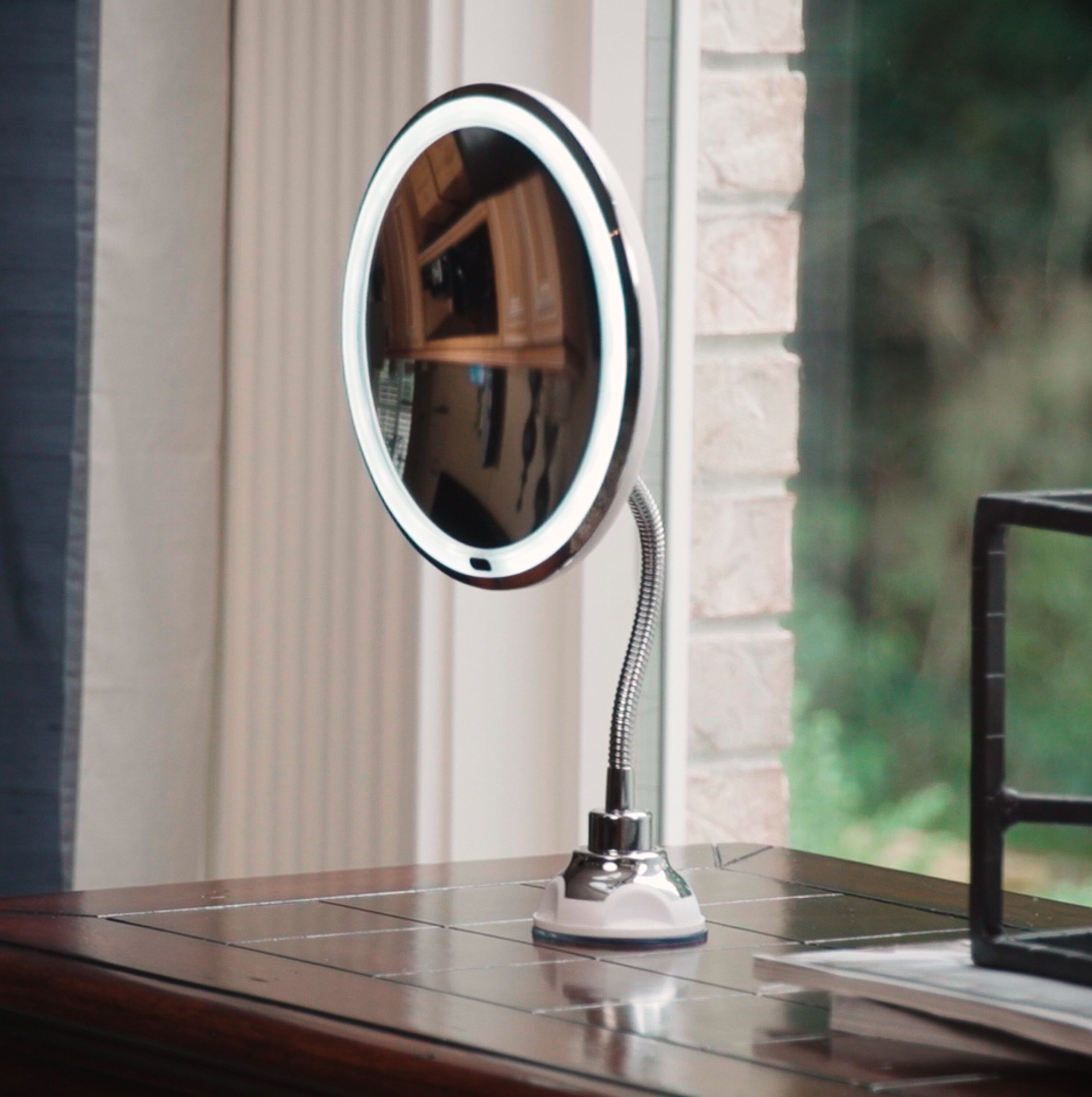 Lighted Makeup Mirror.Iolanthe Flexible Led Lighted Makeup Mirror