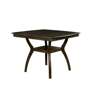 Gaener Dining Table