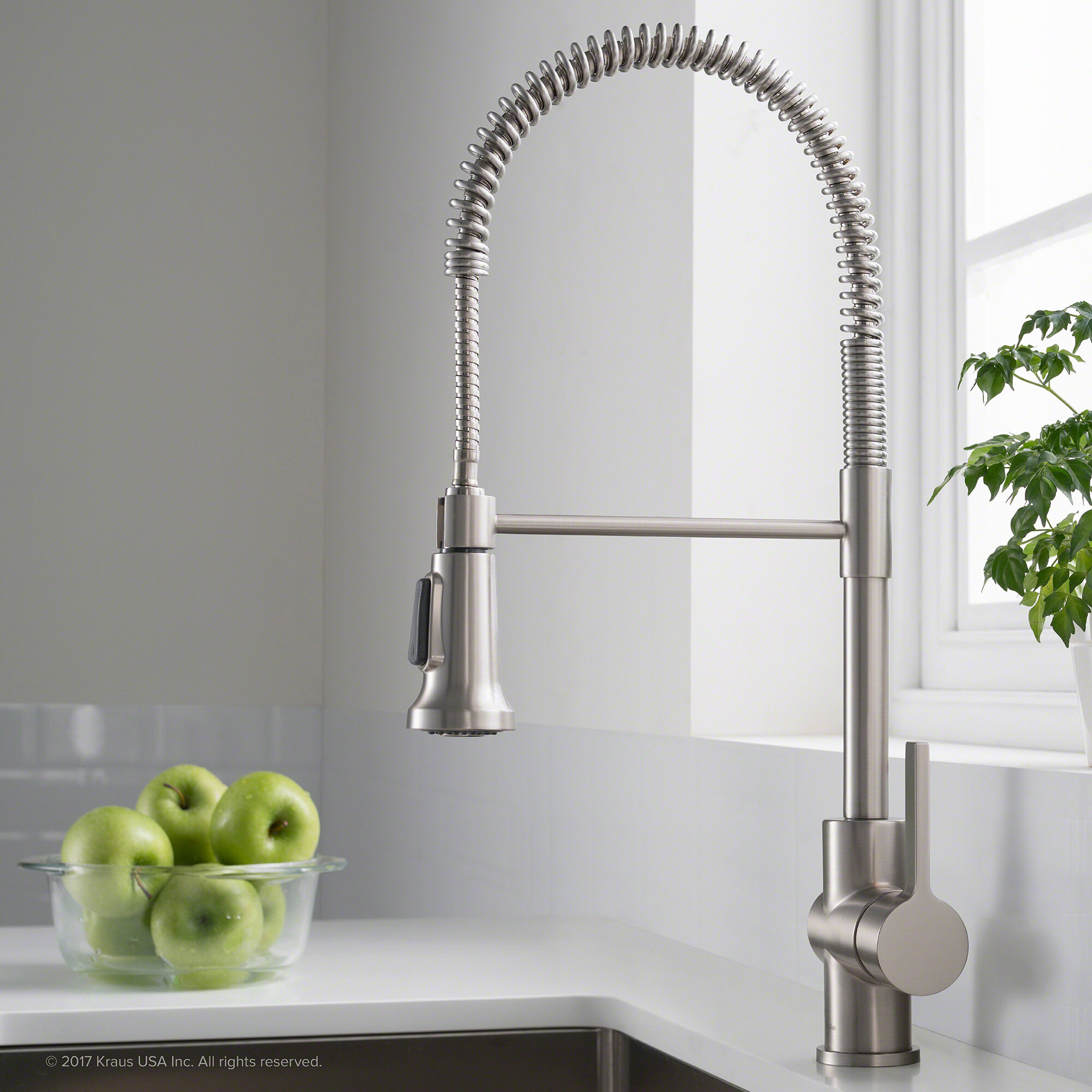 Kraus Britt Commercial Pull Down Single Handle Kitchen Faucet With Dual Function Reviews Wayfair