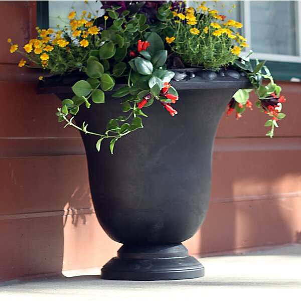 Arcadia Garden Products Psw Composite Urn Planter