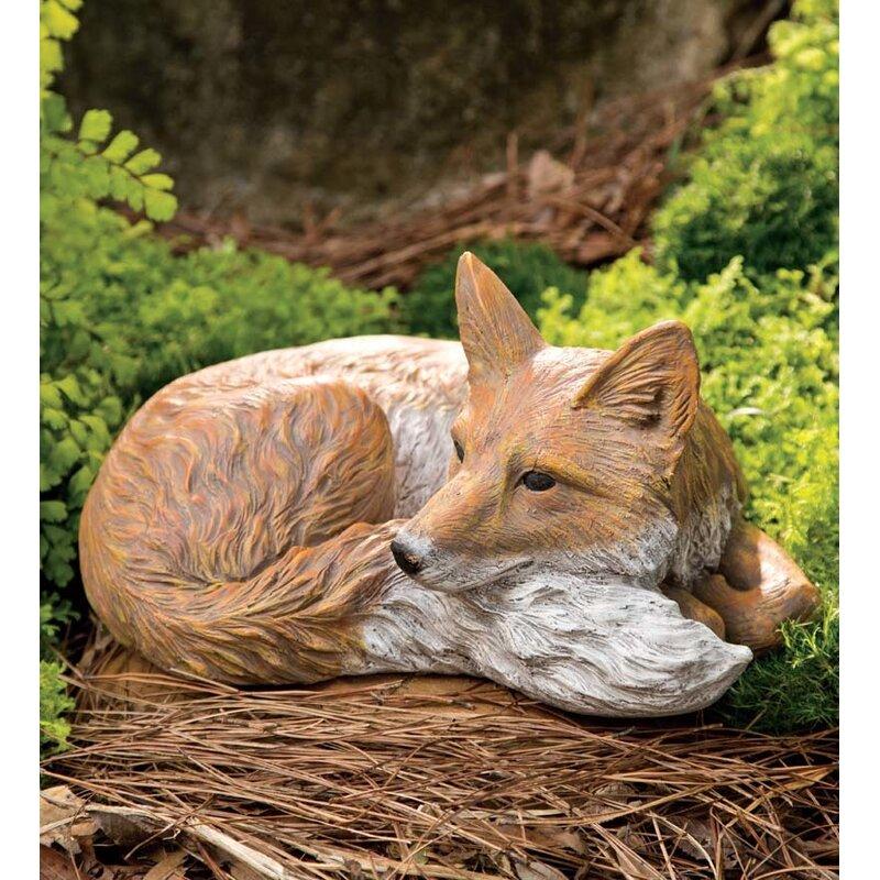 Superbe Laying Down Fox Garden Statue