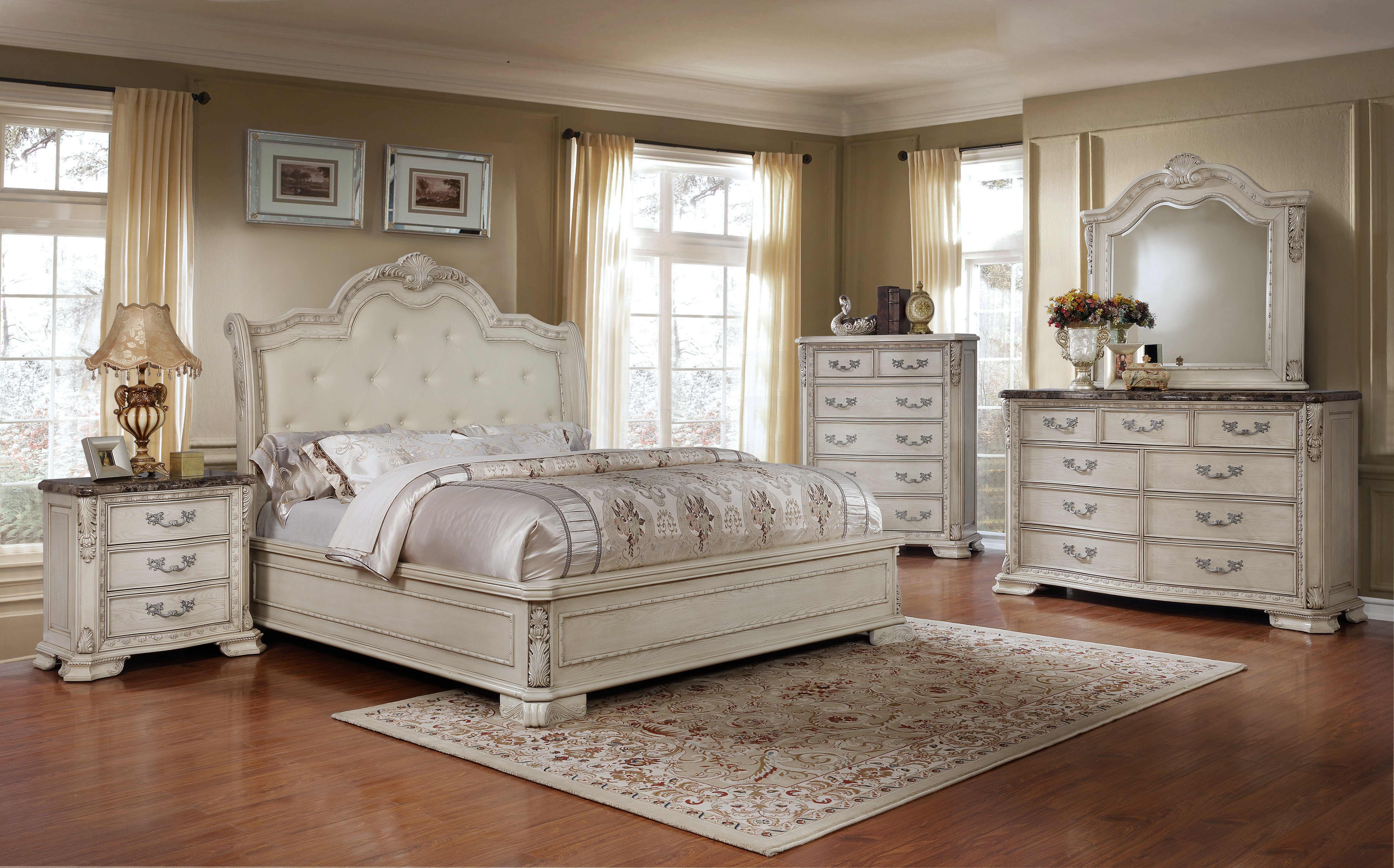 Lankford Standard Bedroom Set