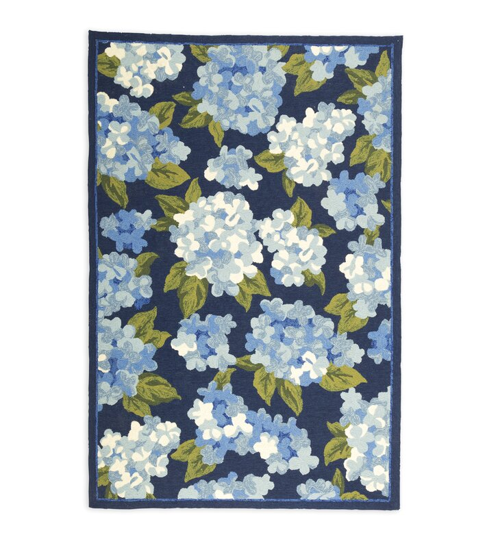 Top Plow & Hearth Hydrangeas Hand Hooked Blue Indoor/Outdoor Area Rug  PT73