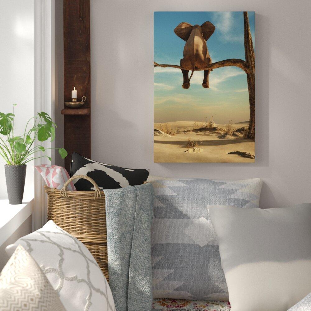 Home Loft Concept Leinwandbild Sitzender Elefant auf einem Ast in ...