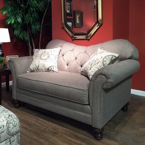 Metropolitan Loveseat by Roundhill Furniture