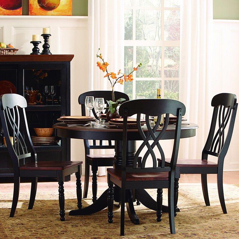 round black kitchen table decor
