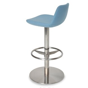 Pera Adjustable Height Swivel Bar Stool