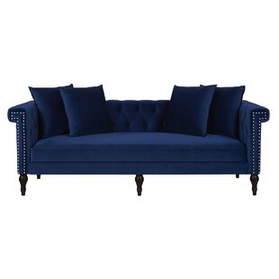 Jaelyn Chesterfield Sofa