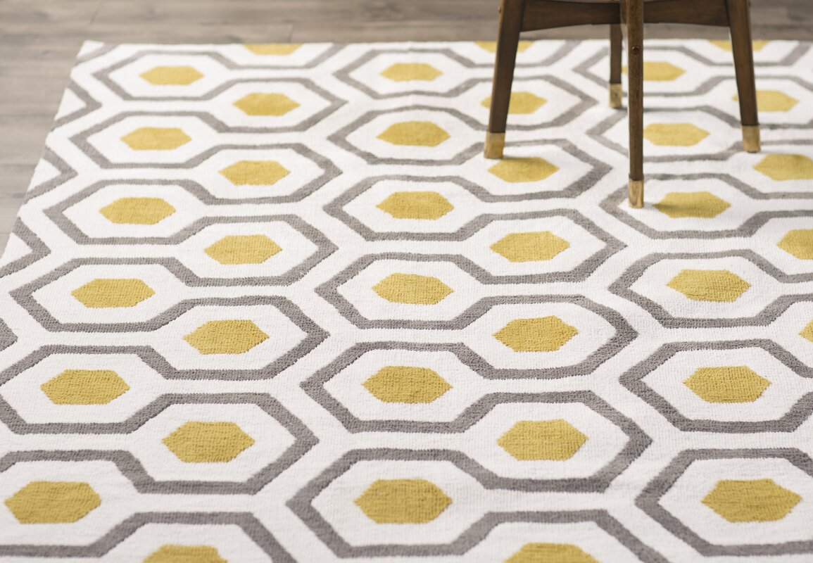 Exceptional Noam Hand Tufted Beige/Gray/Yellow Area Rug