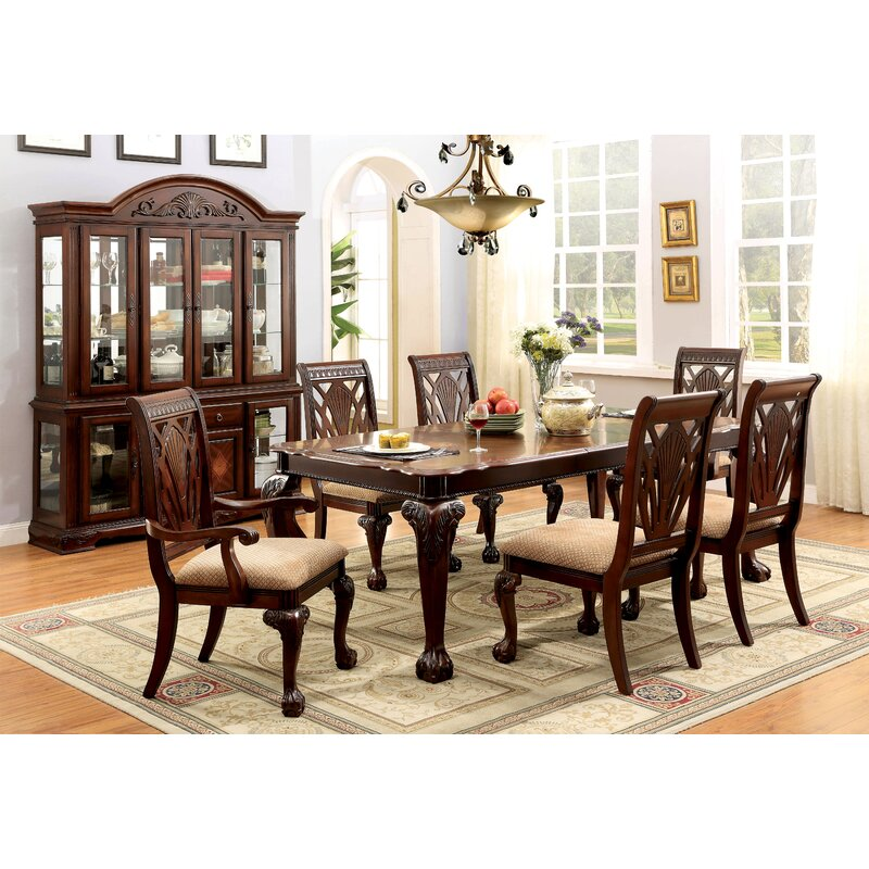 Genial Coleman Extendable Dining Table