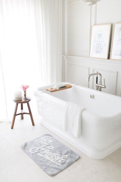 Modern Bathroom Design · '