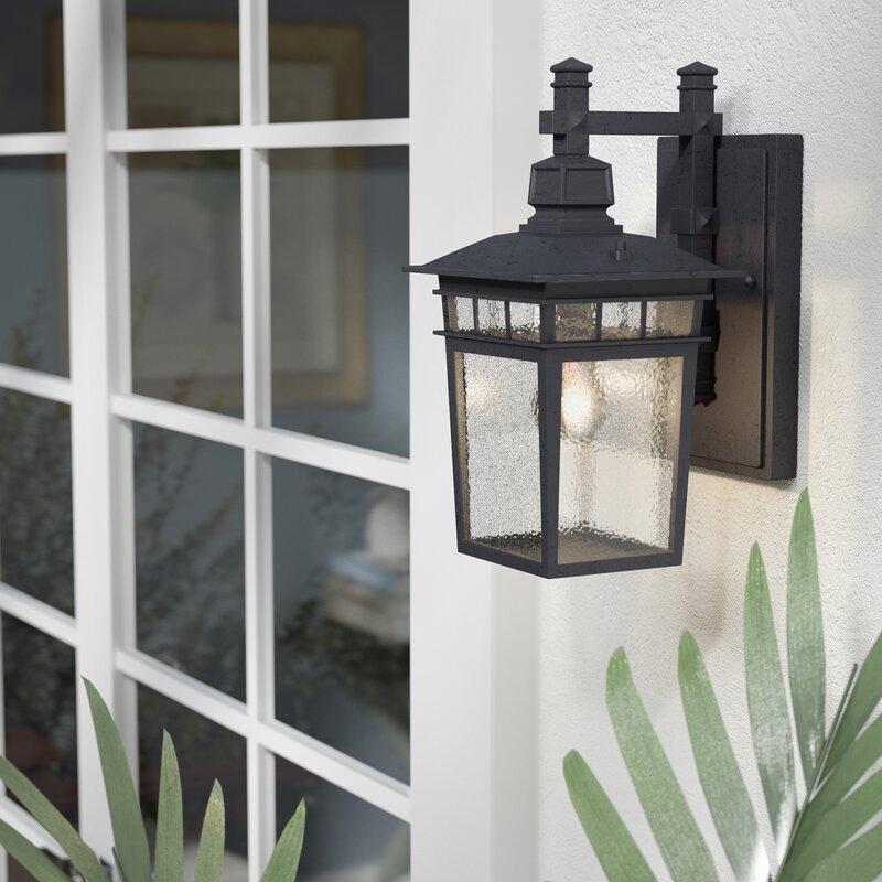 Beachcrest Home Valeri 1-Light Outdoor Wall Lantern