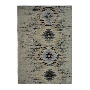 Solitaire Handwoven Cotton Grey Rug by Kayoom