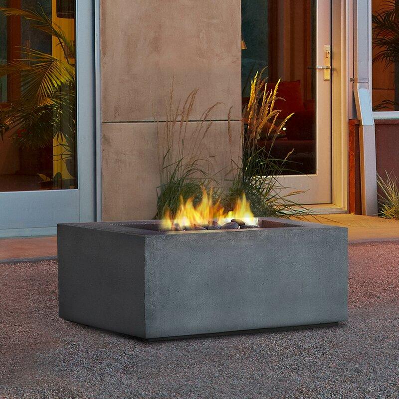 Attirant Baltic Concrete Propane Fire Pit Table