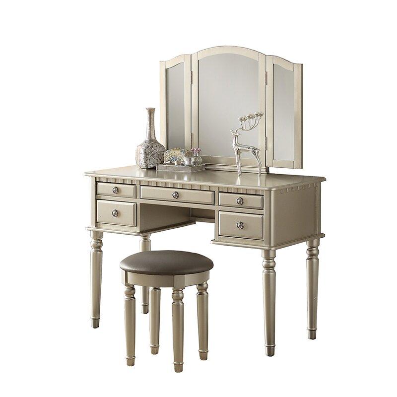 Vanity Set.Absher Vanity Set With Mirror