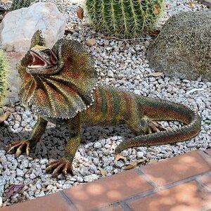 Frill-Necked Lizard Statue