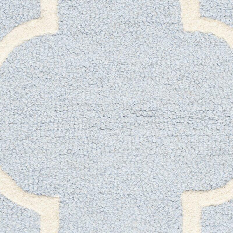 safavieh handgefertigter teppich cambridge aus wolle in hellblau elfenbein bewertungen. Black Bedroom Furniture Sets. Home Design Ideas