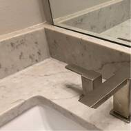 90 Degree Widespread Bathroom Faucet With Drain Assembly