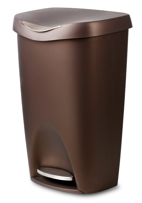 Superb Plastic 13 Gallon Step On Trash Can
