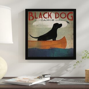 Superbe U0027Black Dog Canoeu0027 Framed Graphic Art Print