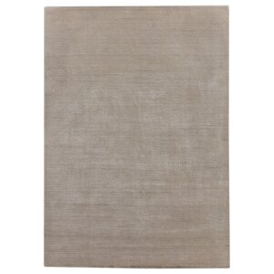 Hand-Loomed Light Gray Area Rug