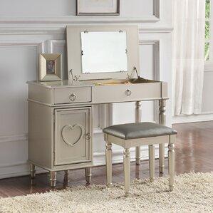 Strathmore Flip Up Vanity Set With Mirror