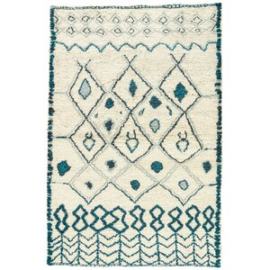 Halton Hand-Knotted Cream/Blue Area Rug