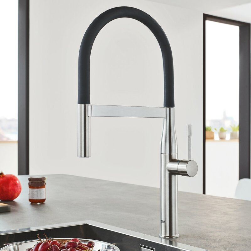 grohe essence new semi pro single handle pull down kitchen faucet