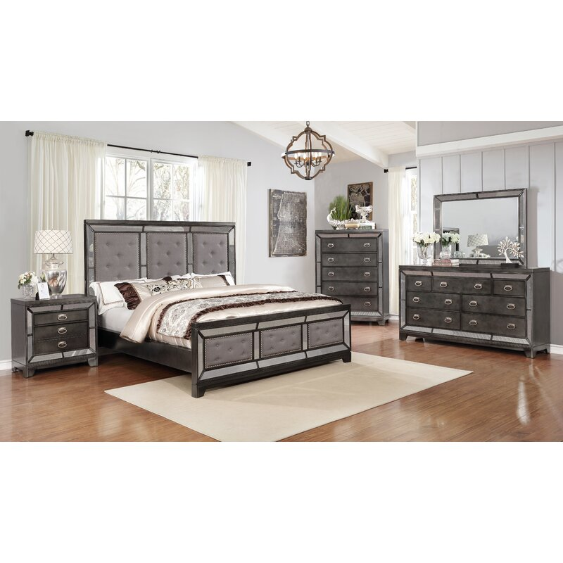 Dania Standard 3 Piece Bedroom Set
