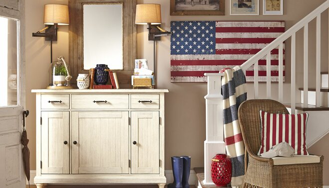 A Throwback To The Good Ol Days Americana Style Evokes Casual Family Friendly Vibe Circa 1950s Accents Of Red White And Blue Mingle With Whitewashed