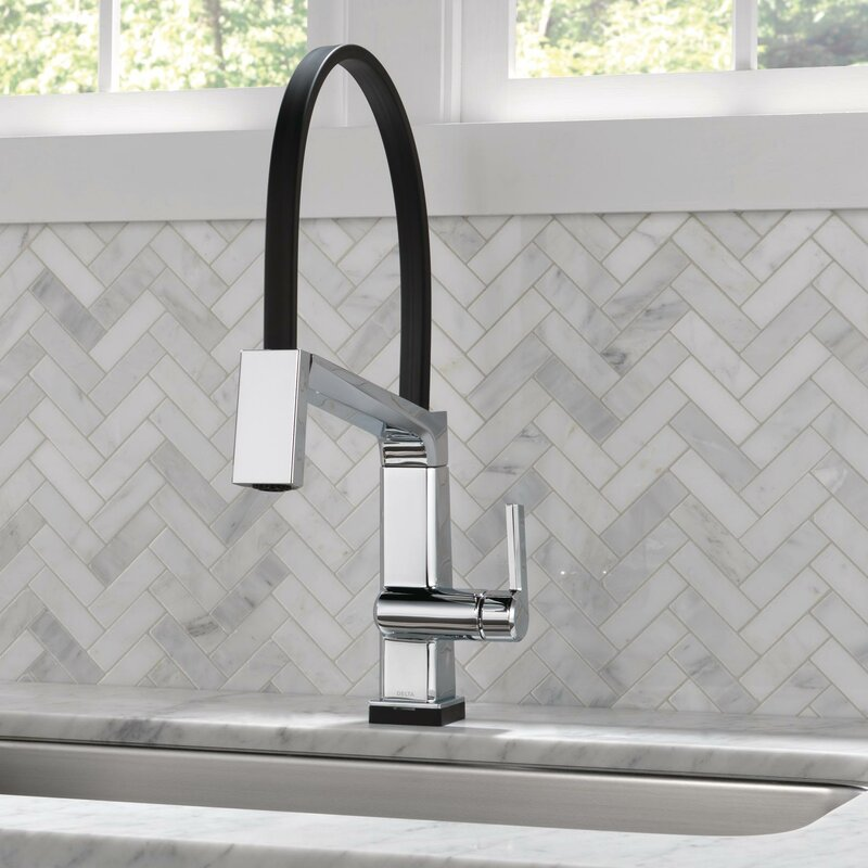 Delta Pivotal Touch Single Handle Kitchen Faucet With Touch20