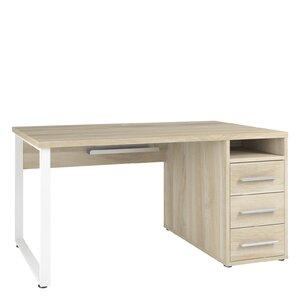 Schreibtisch von Maja