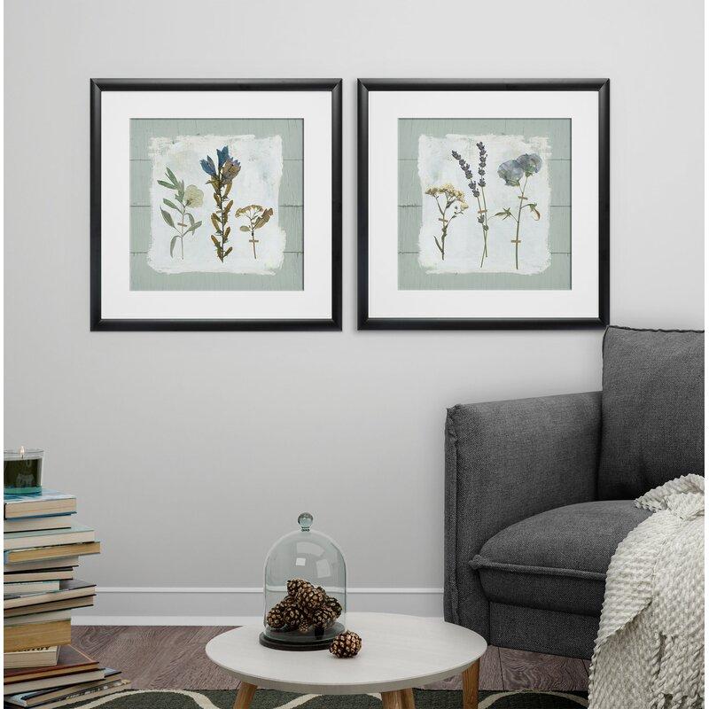 Gracie Oaks \'Pressed Flowers on Shiplap\' 2 Piece Framed Print Set ...