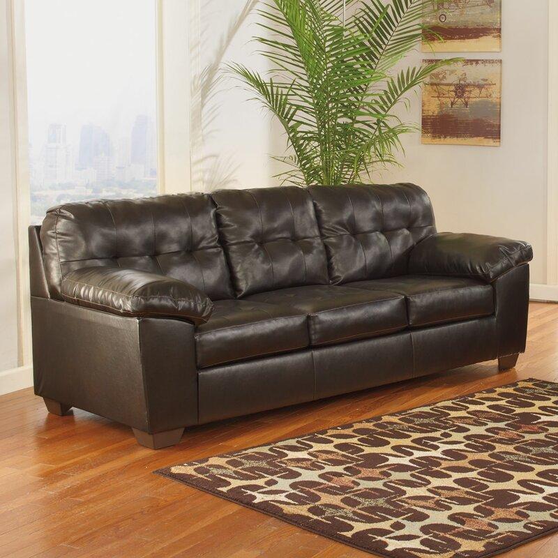Attirant Manley Queen Sleeper Sofa