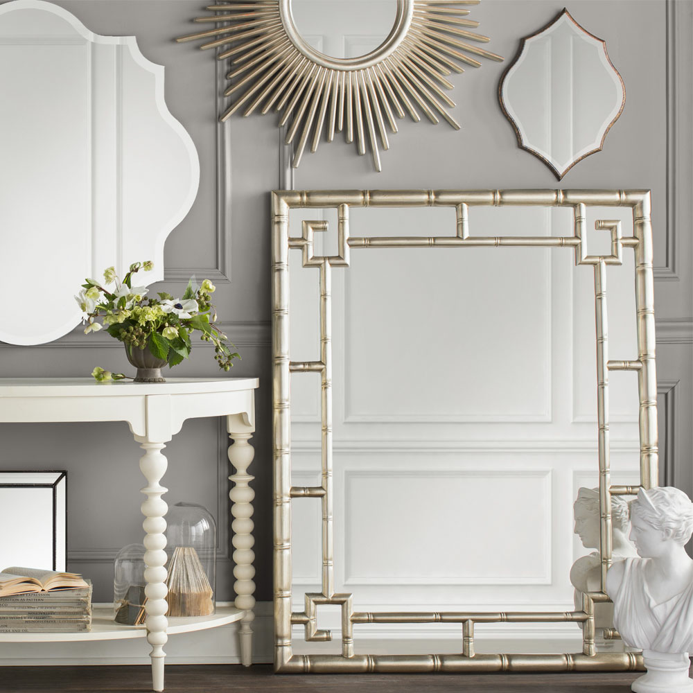 Furniture And Accessories Outlet: Glam Furniture & Decor