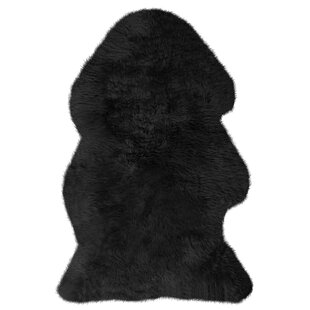 Mouton Sheepskin Dyed Black Rug by Pieles Pipsa