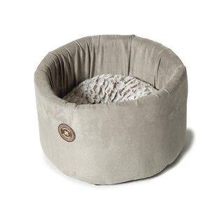 Arctic Cat Cosy Bed by Danish Design