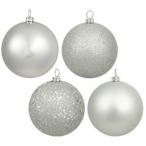 16 Piece Assorted Ornament Set