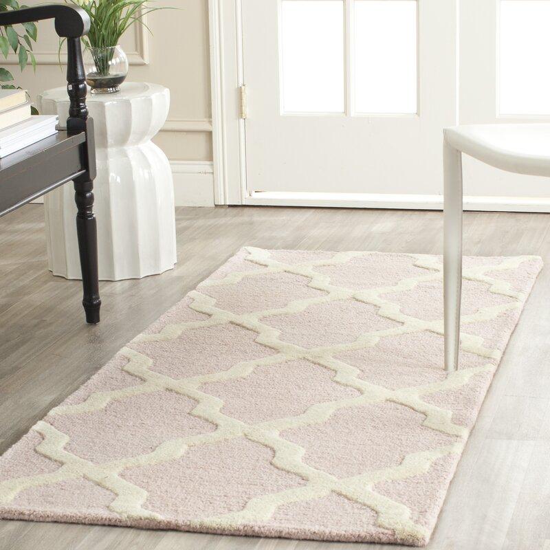 safavieh handgetufteter teppich ava in hellrosa elfenbein. Black Bedroom Furniture Sets. Home Design Ideas